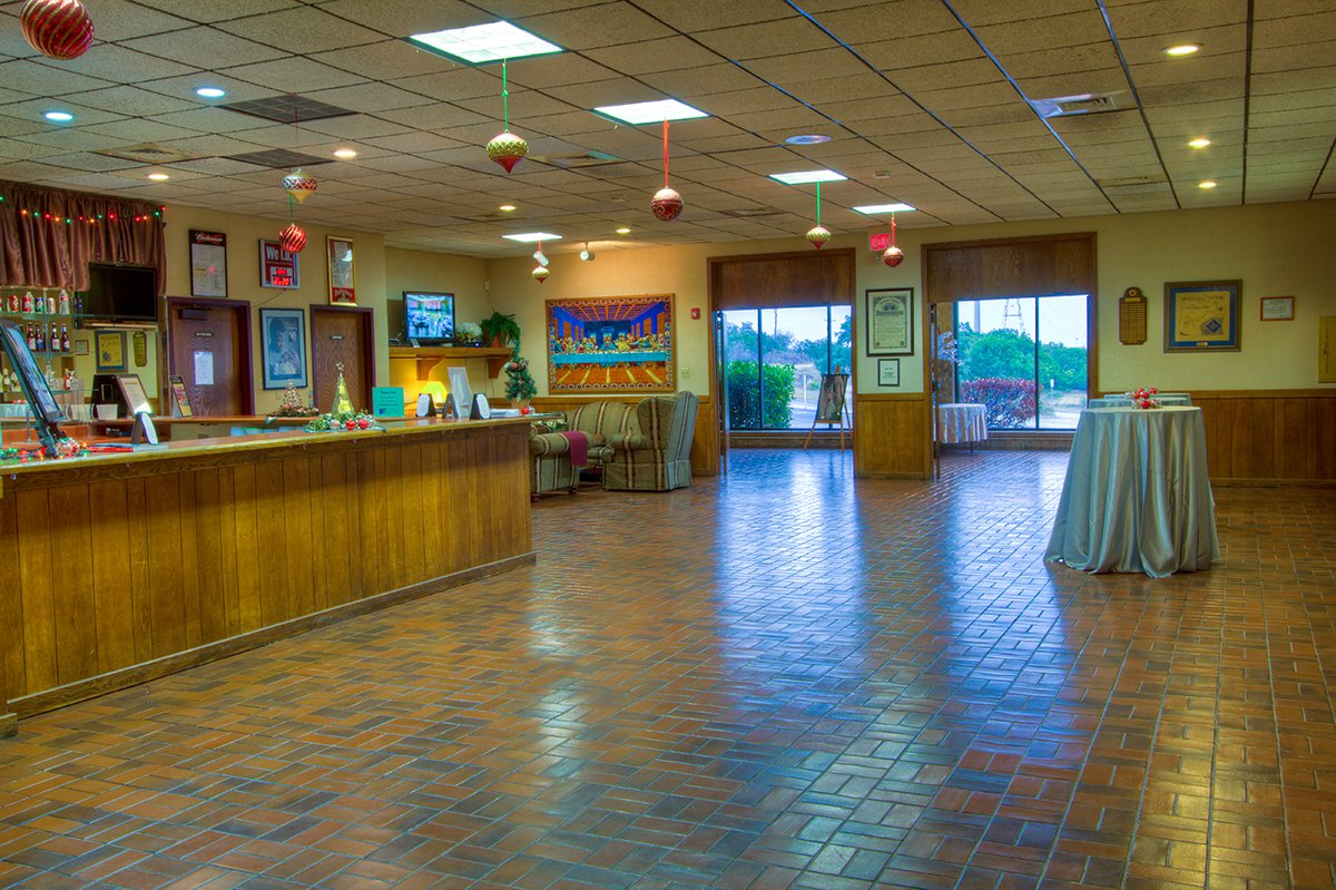 Crown Ridge Event Center - Lobby