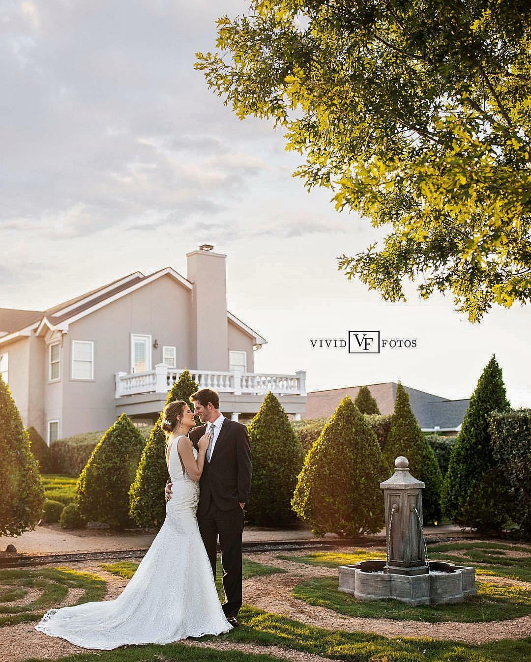 Gardens of Cranesbury View-San Antonio Weddings