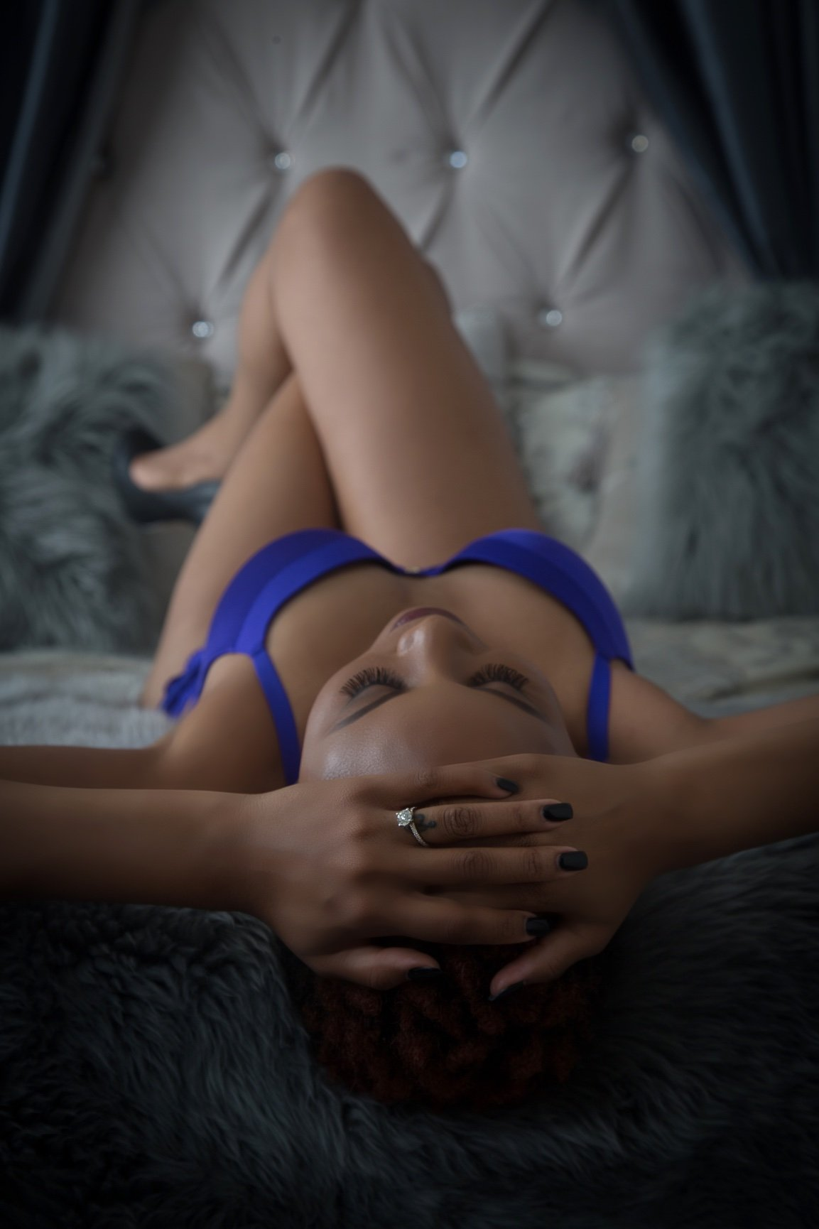 Kiwi Kouture Boudoir Photography-BridalBuzz-San Antonio Weddings
