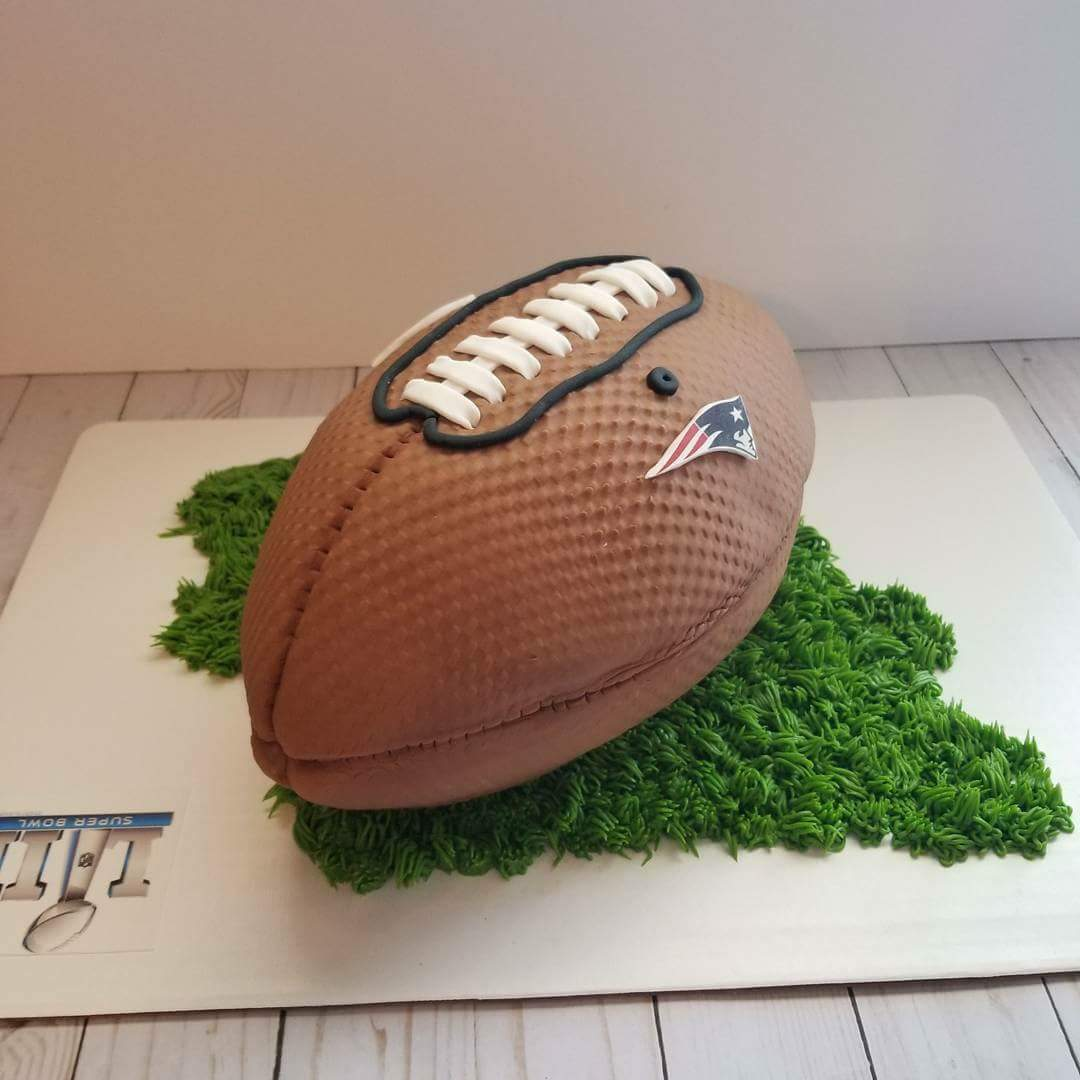 Cakes Couture football
