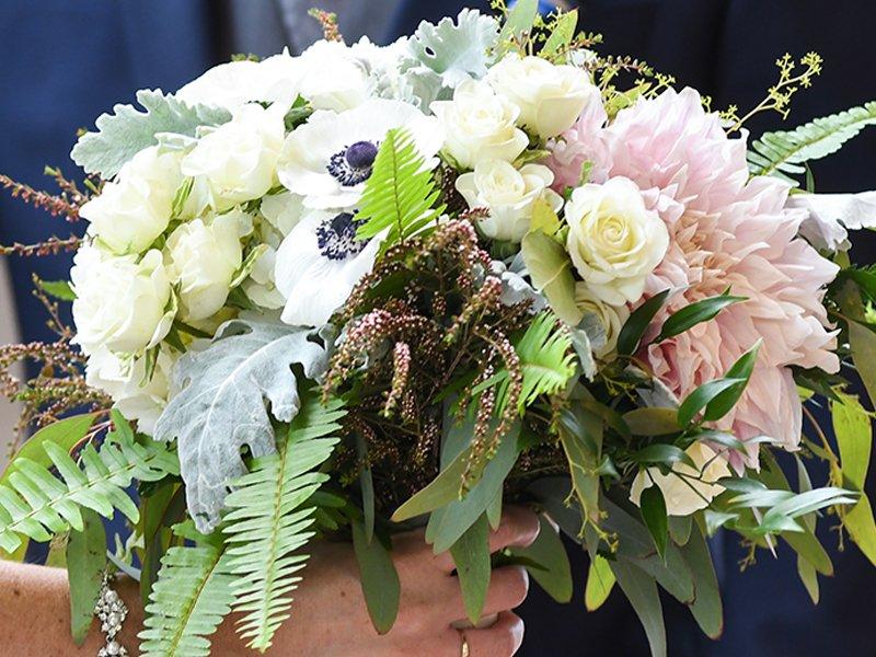 A Freesia Designs wedding bouquet is gorgeous!