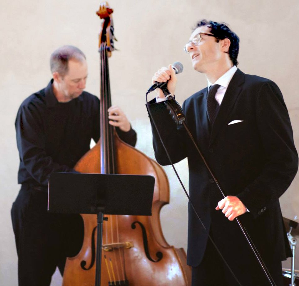 Joe Caruso-BridalBuzz-San Antonio Weddings