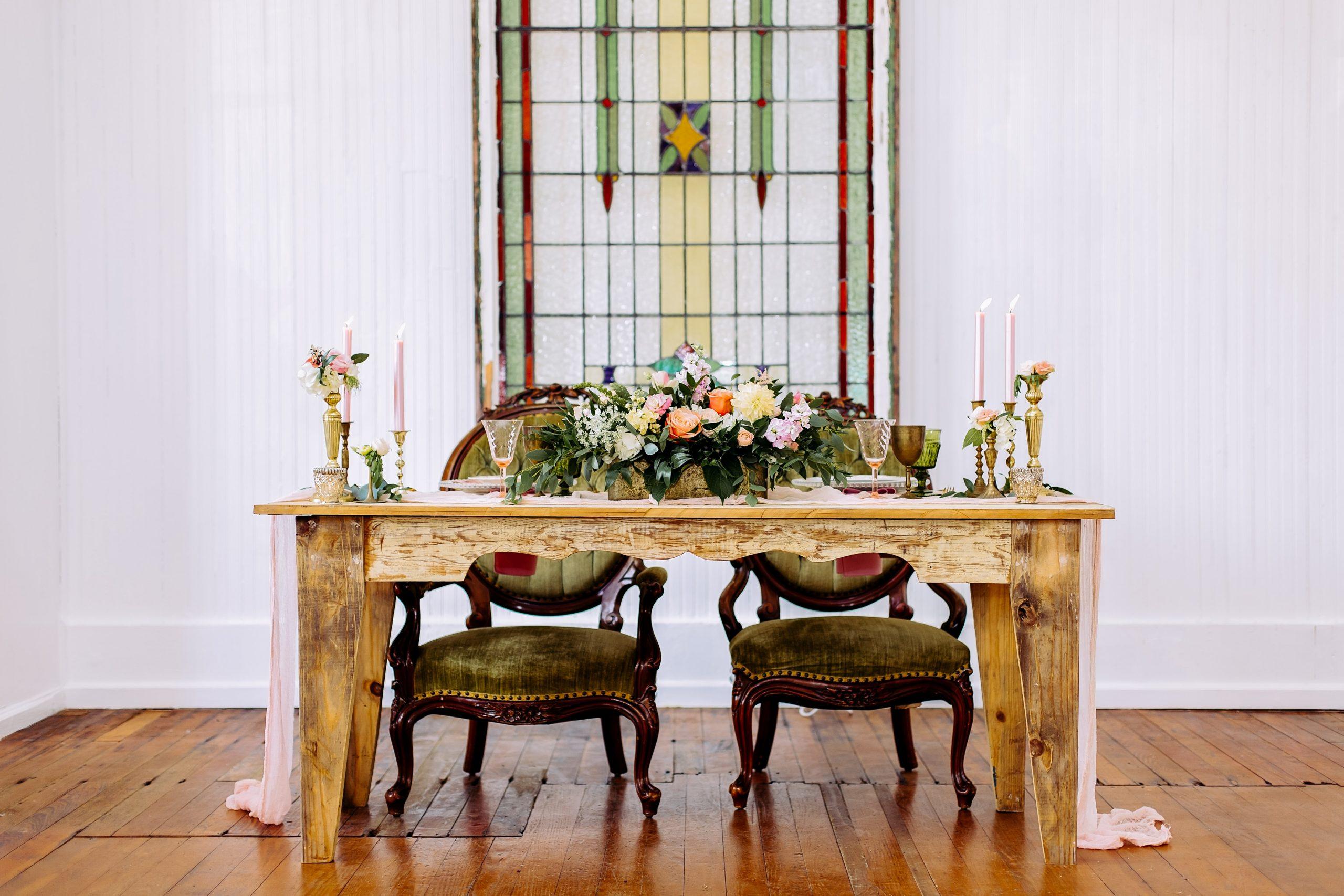 Cru Vintage Rentals - tables