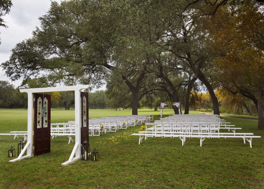 An outdoor ceremony is vey special at Eagle Dance Ranch.