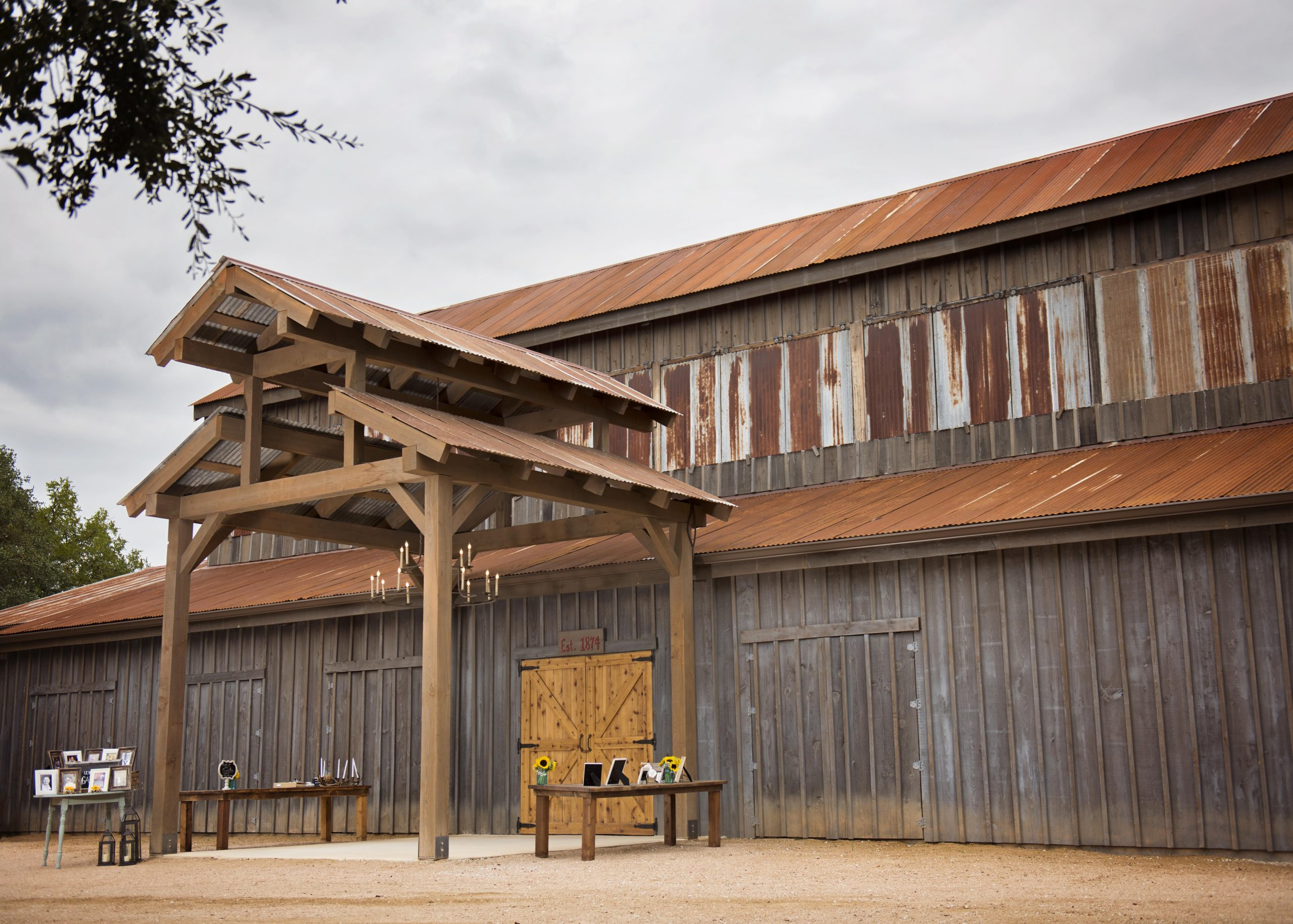 Eagle Dancer Ranch-San Antonio Weddings