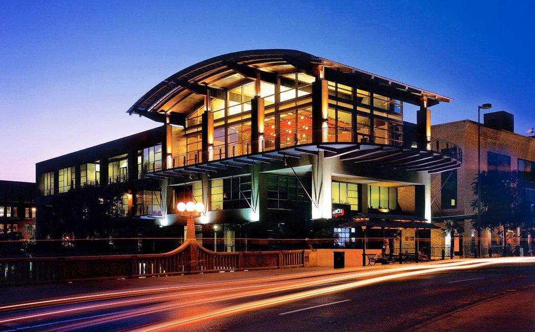 Biga_on_the_Banks building