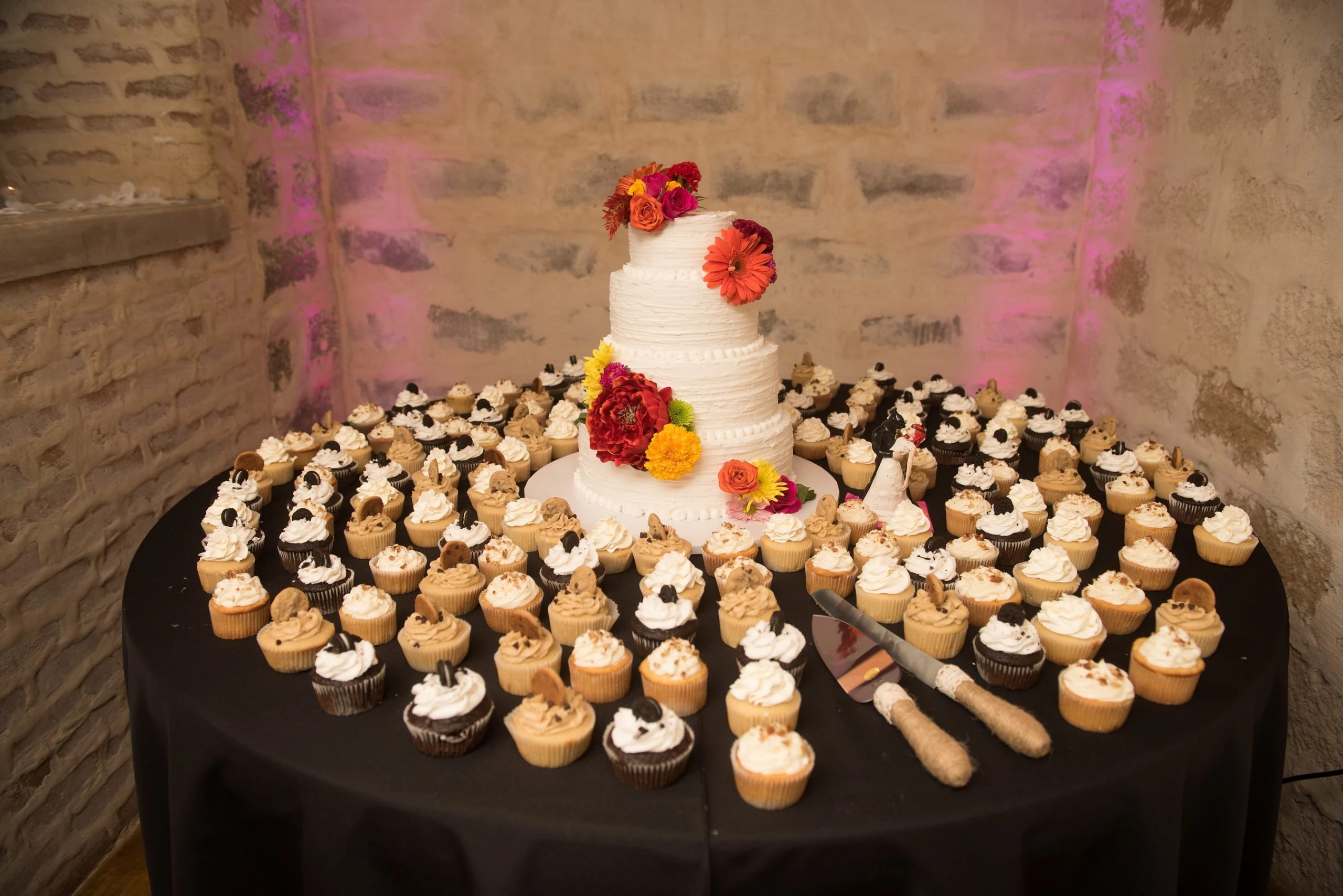 Bride on a Budget Events-cakes and more