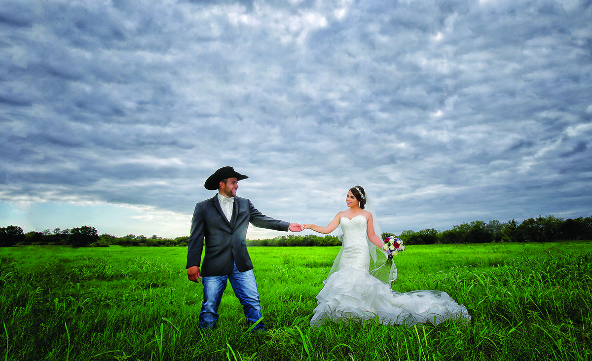 Dos Kiwis Studio -San Antonio Weddings