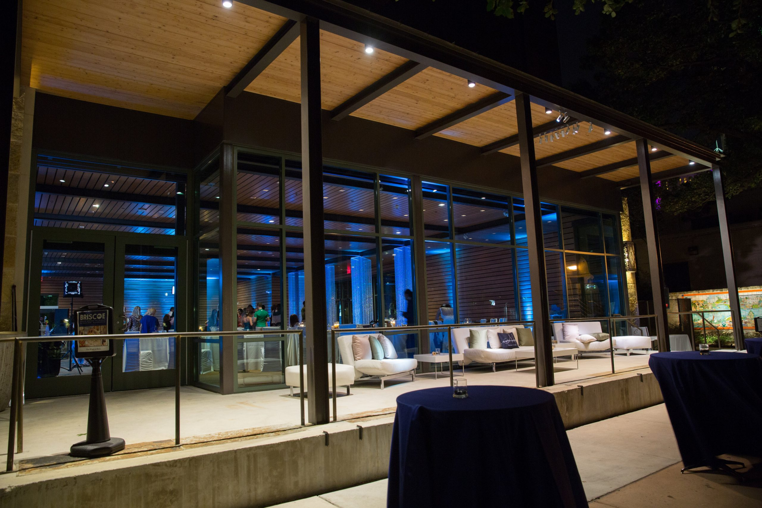 The Jack Guenther Pavilion At The Briscoe San Antonio Weddings