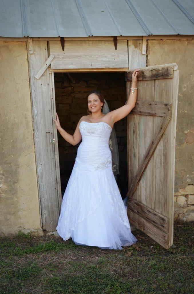 Ta-Daaah! a beautiful Bride thanks in a small part to Indulgences Hair & Body Salon