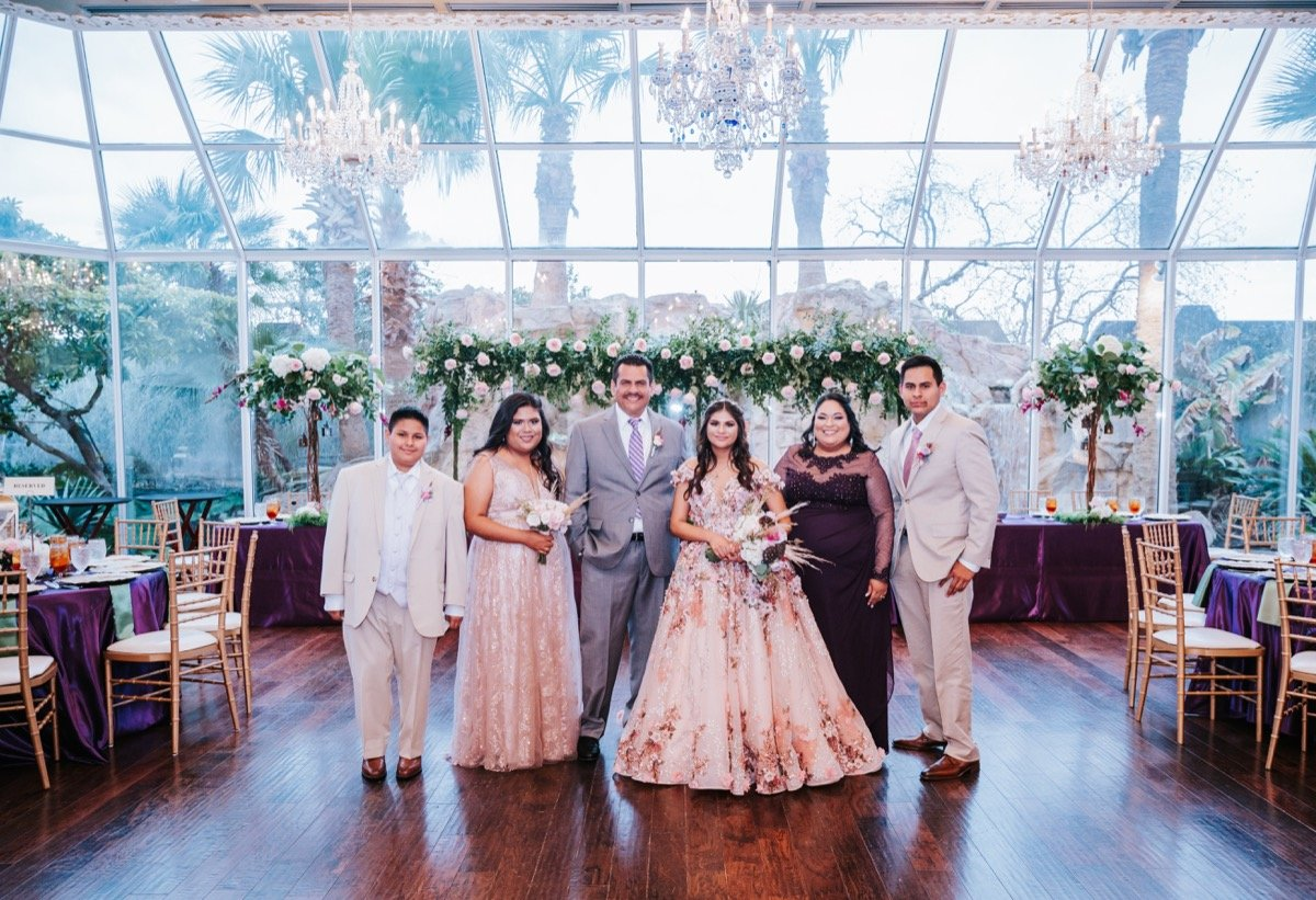 Jersson Luna Photography-BridalBuzz-San Antonio Weddings