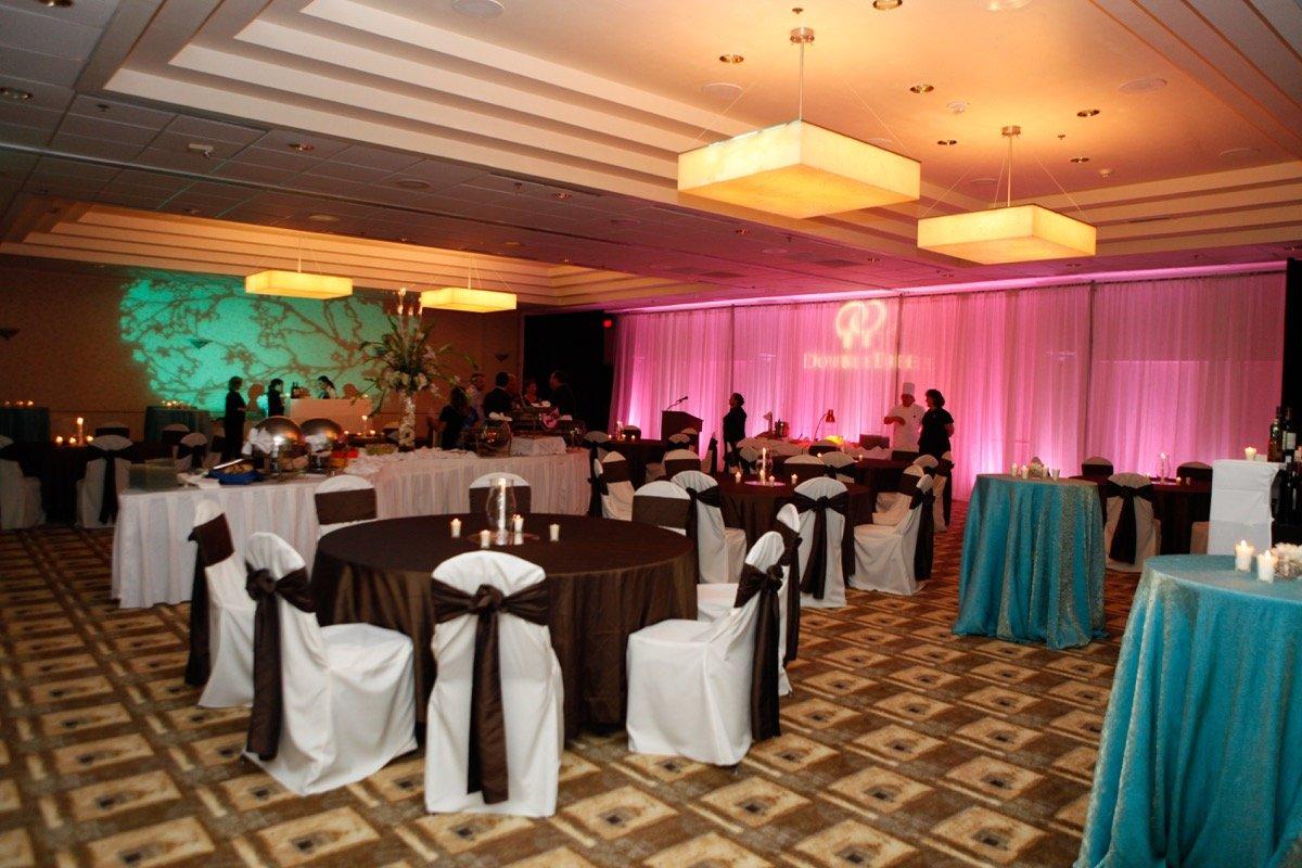 Doubletree San Antonio Downtown-San Antonio Weddings