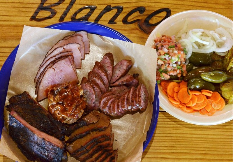 Blanco BBQ fine serving of meat and all the embellishments.