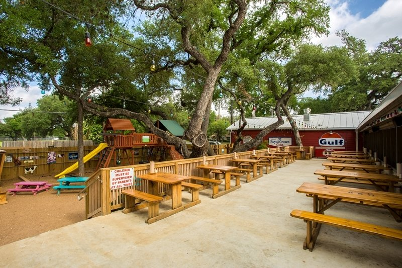 The back porch of Blanco BBQ