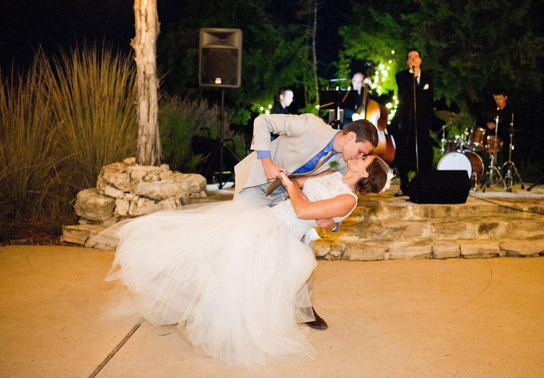 Joe Caruso, Pop-Jazz & Swing Singer-BridalBuzz-San Antonio Weddings