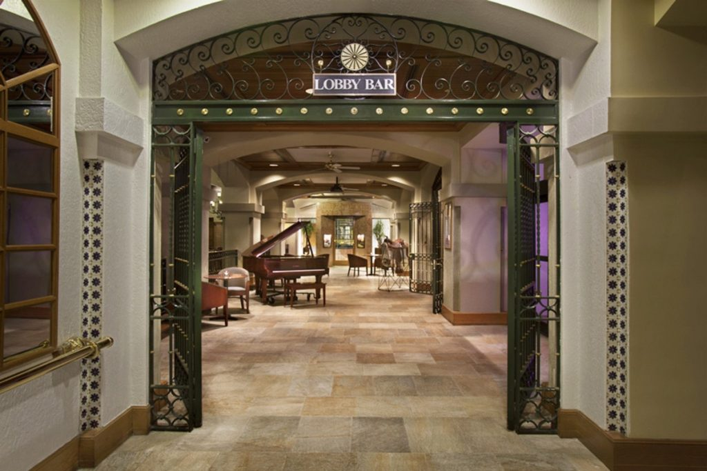 The Hilton Palacio del Rio lobby hallway toward the banquet room.