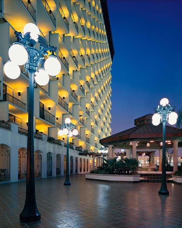 Hilton Palacio del Rio-San Antonio Weddings