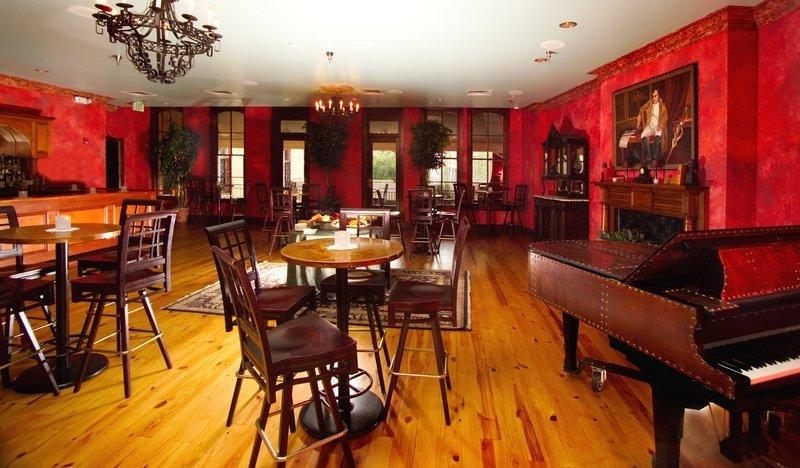 Pat O'Brien's Briars Suite