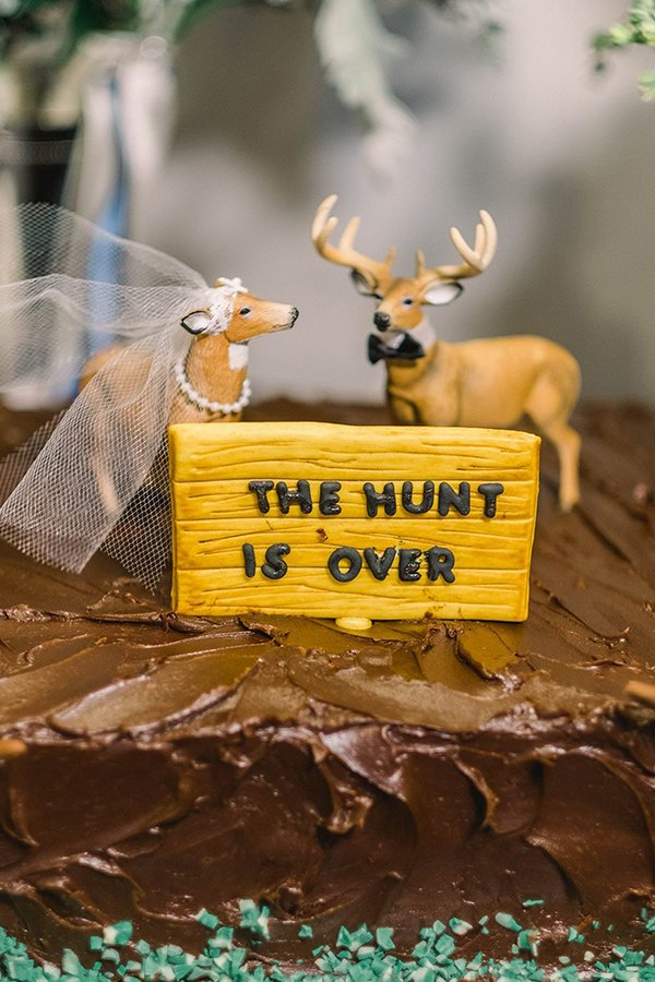 Cakes & More Bake Shop-The Hunt is Over deers