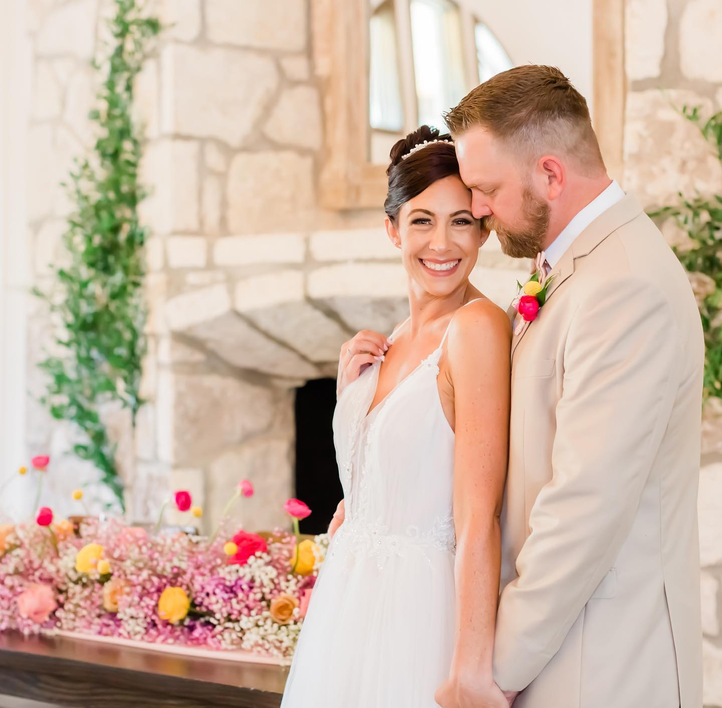 Mayra Eads Photography-BridalBuzz-San Antonio Weddings