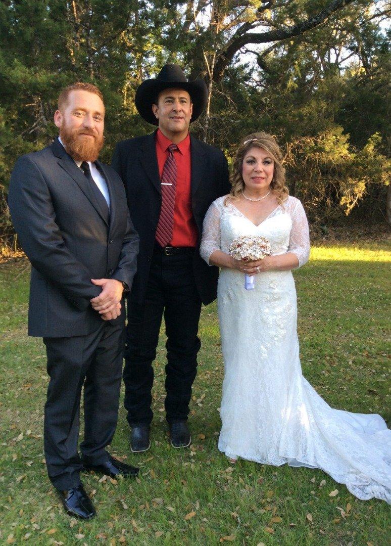 San Antonio Wedding Professionals-BridalBuzz-San Antonio Weddings SanAntonioWeddings