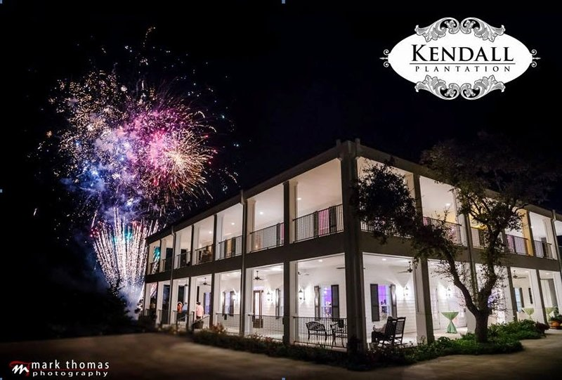 Starlight Fireworks & Special Effects SanAntonioWeddings
