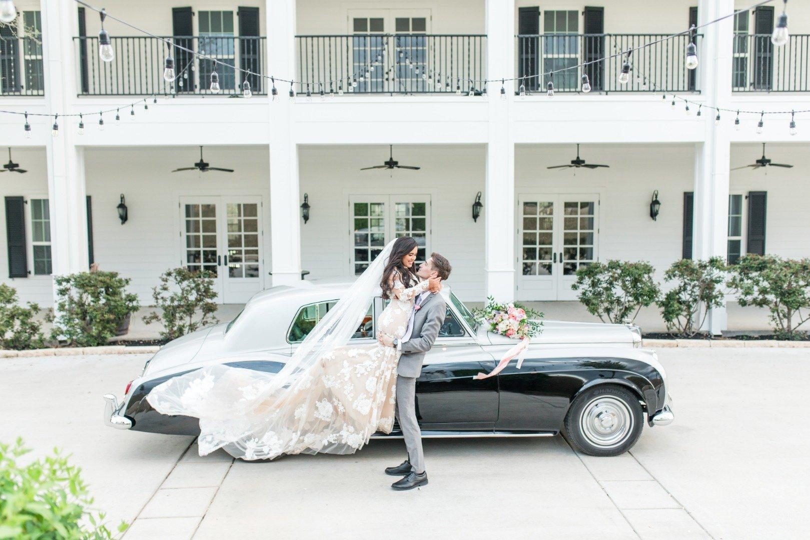 Kendall Point_Allison Jeffers-SanAntonioWeddings-BridalBuzz