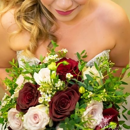 Olive Branch Florist, Design and Boutique - SanAntonioWeddings.com - BridalBuzz