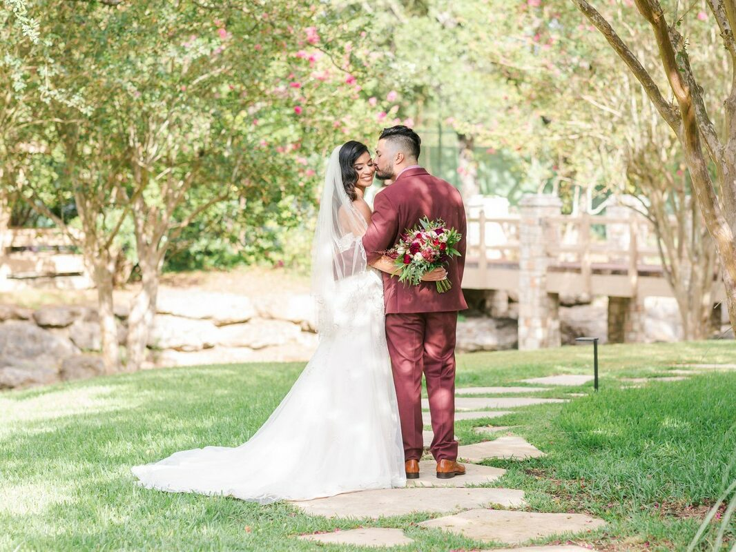 Come Rain or Shine - Lori and JJ - Married at The Club at Garden Ridge