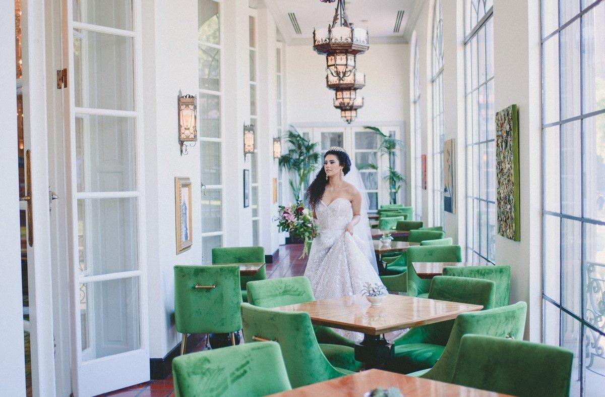 Jersson Luna Photography St. Anthony Hotel Styled Shoo