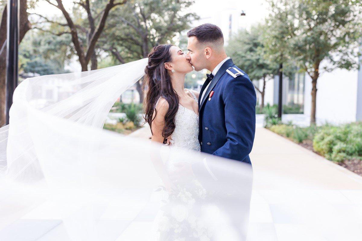 Newley wed San Antonio couple on the sidewalk