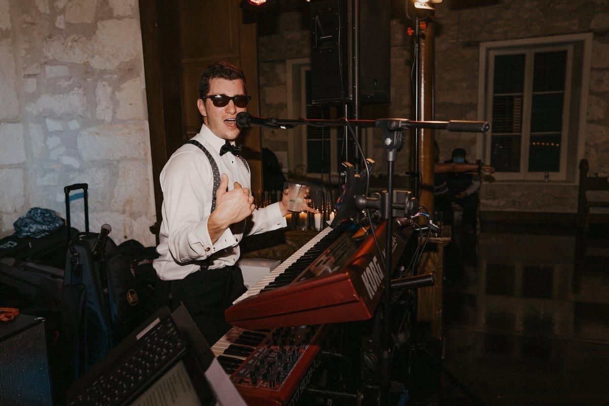 Live band playing at a San Antonio wedding