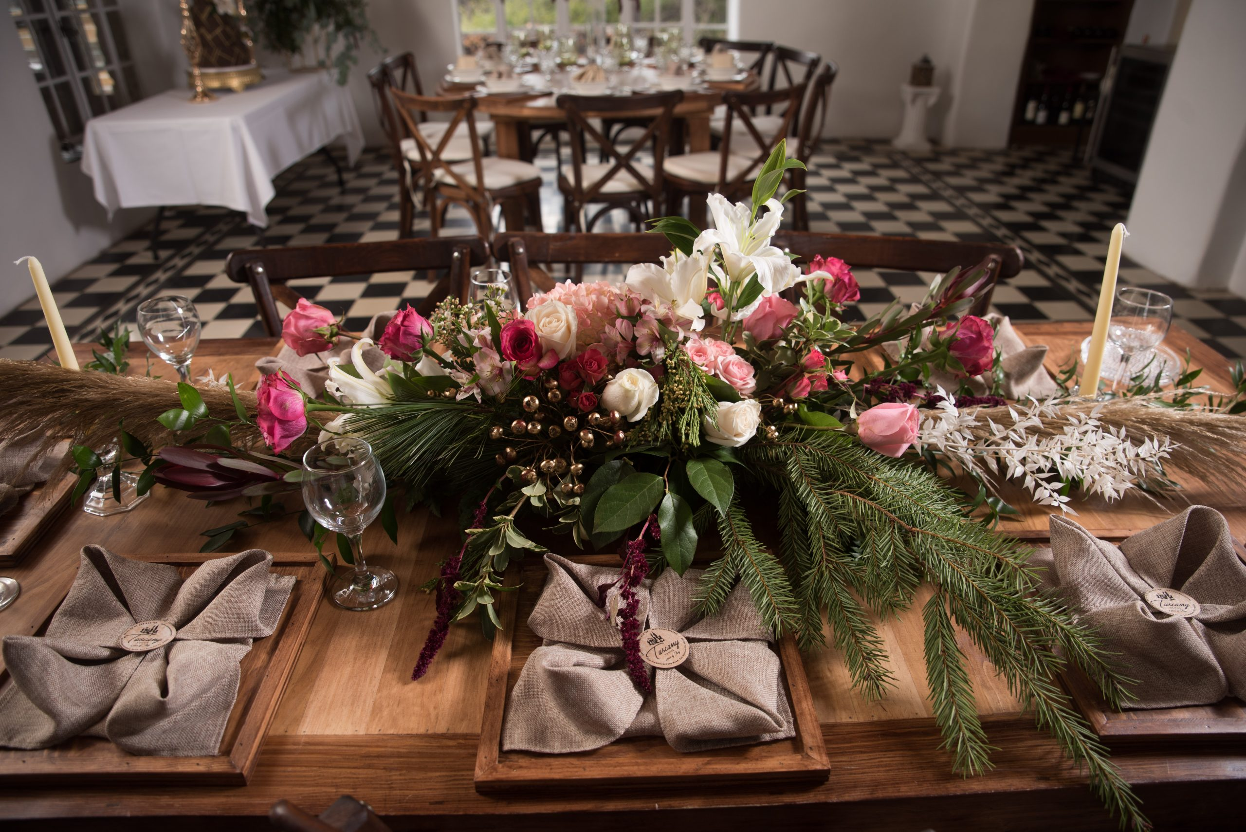 floral arrangment on table at Tuscany venue in San Antonio weddings