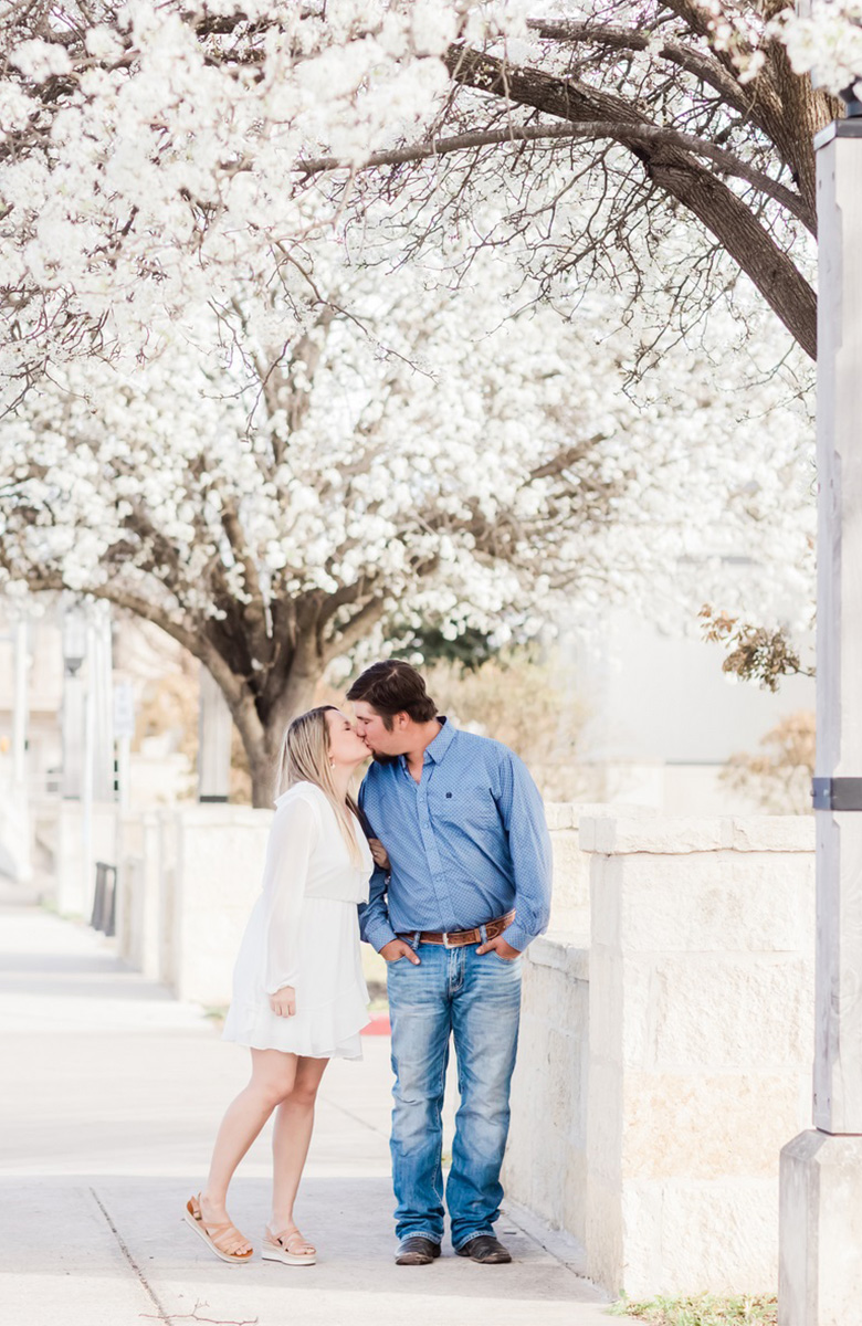 engagement shoot with Mayra eads in kerrville texas