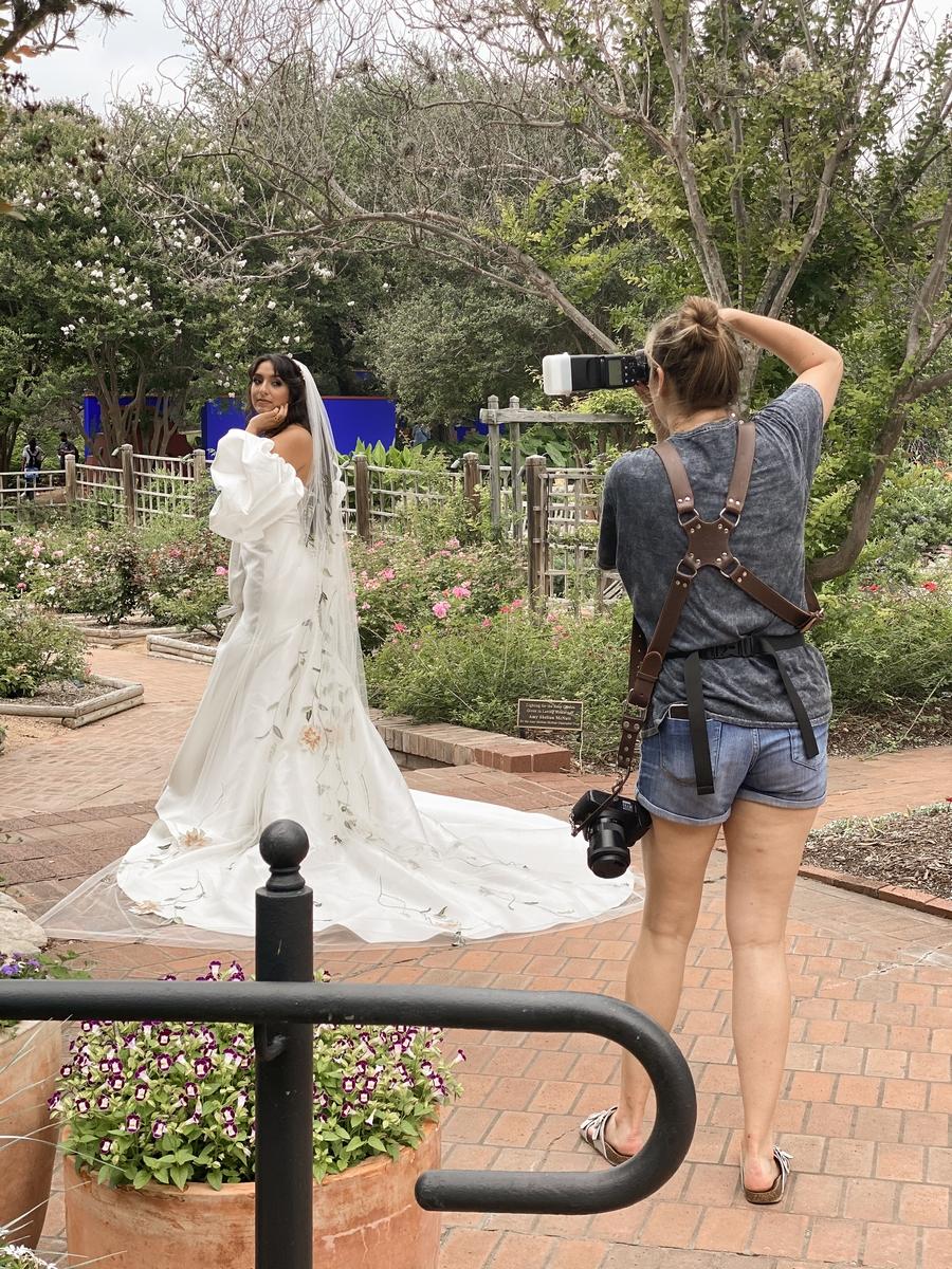 Gillian Menzie Photography photographing Erika Perez of Bridal Buzz
