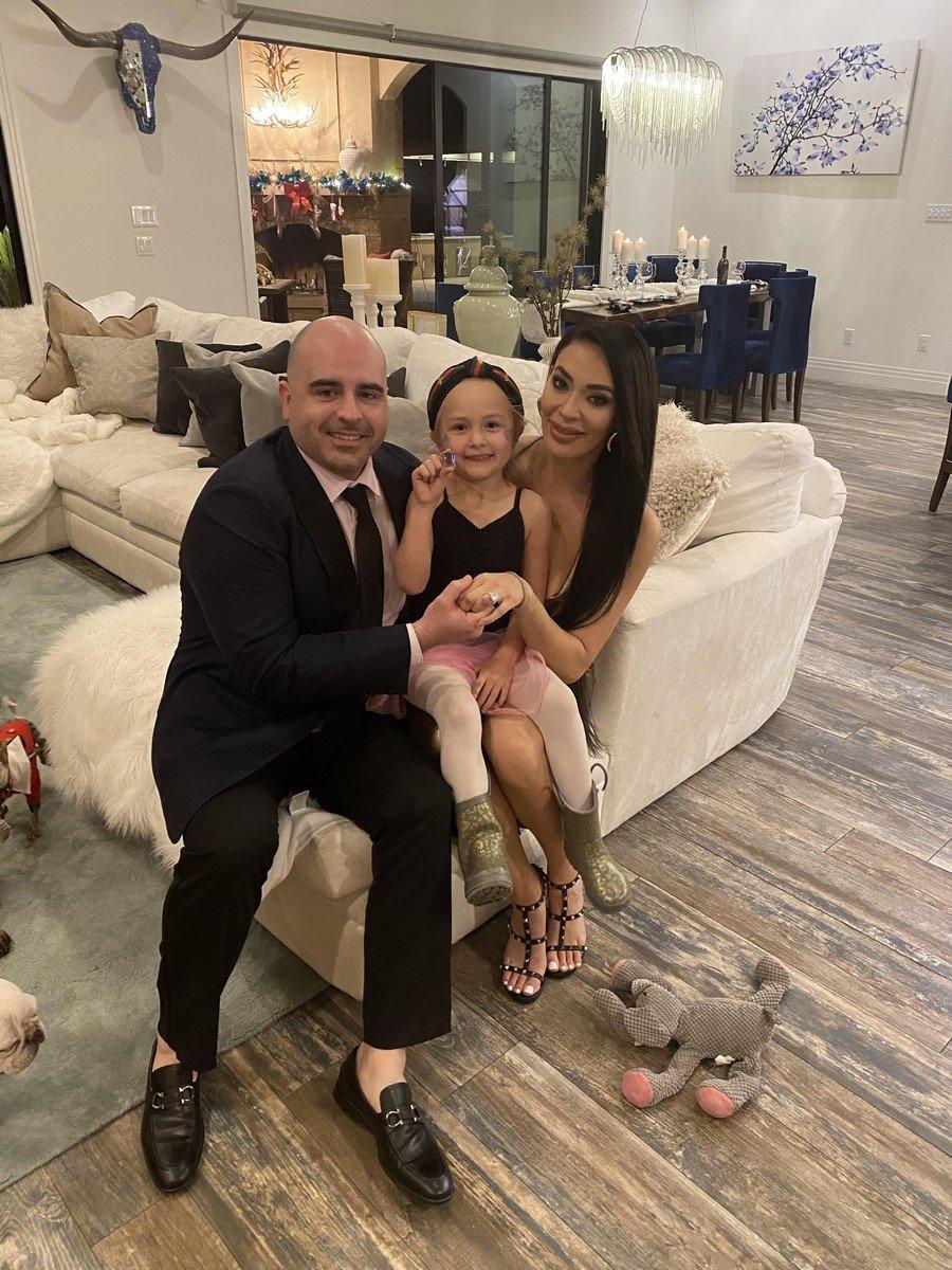 Alexandra & Alexander engagement photo