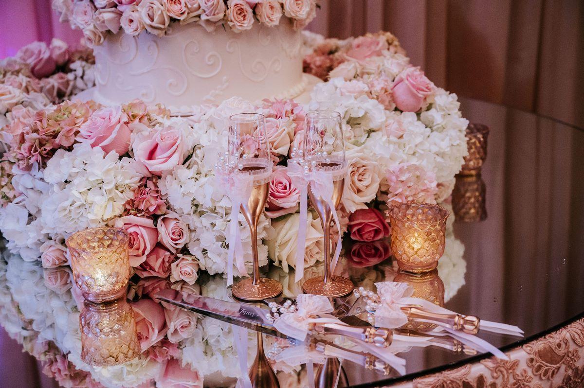 pink and elegant San Antonio Weddings at the emporium by Yarlen