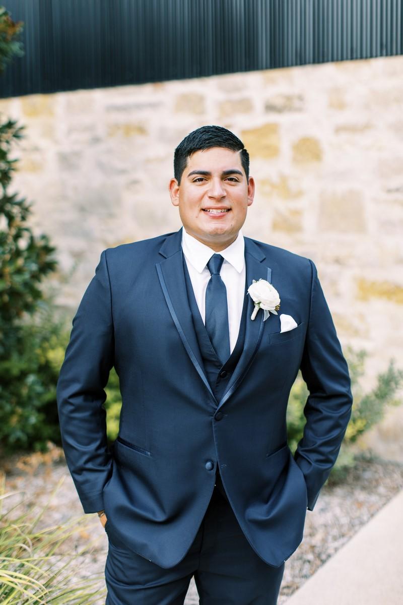 groom at park 31 in San Antonio