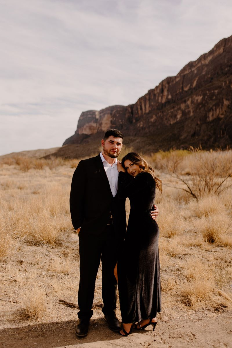 San Antonio Weddings couple, Matthew and Melissa, engagement story