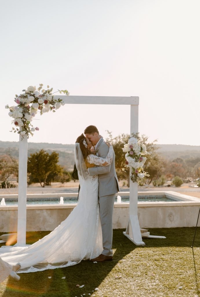 San Antonio Weddings couple, Lindsey and Bruce, at Sunset Ranch Event Center