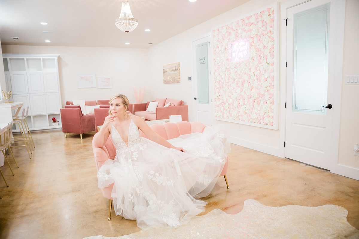 Texas Hill Country wedding at Sendera Springs in Kerrville, Texas