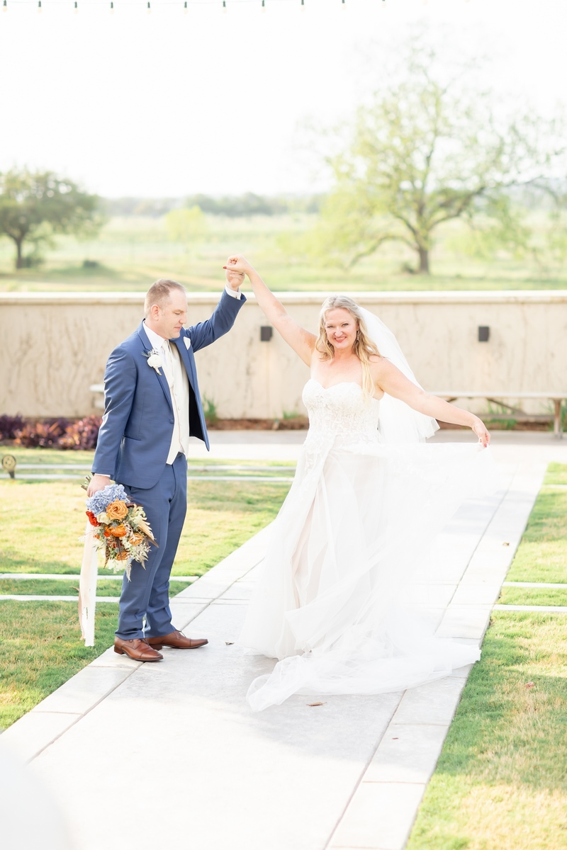 San Antonio Weddings couple, Crystal and Michael, photographed by local photographer Hannah Charis